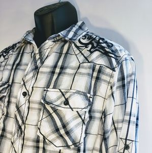 Mens embroidered plad button down. L
